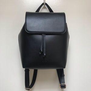 Handbags - Drawstring Black Vegan Leather Stylish Backpack